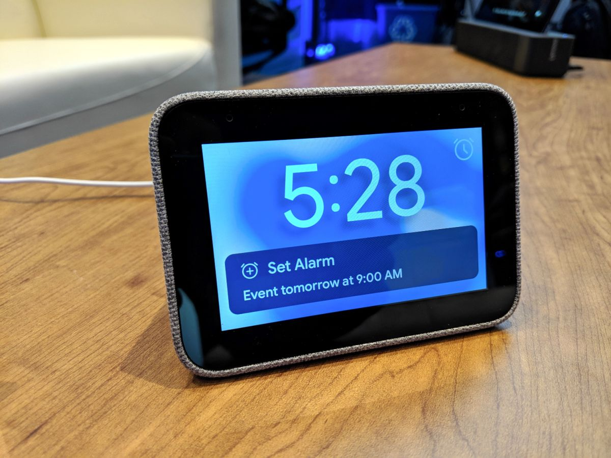 Lenovo Smart Clock with Google Assistant Takes on Echo Spot | Tom's