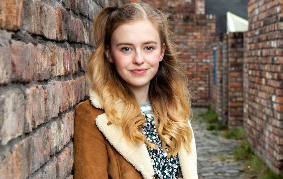 Summer, played by Harriet Bibby, in Coronation Street