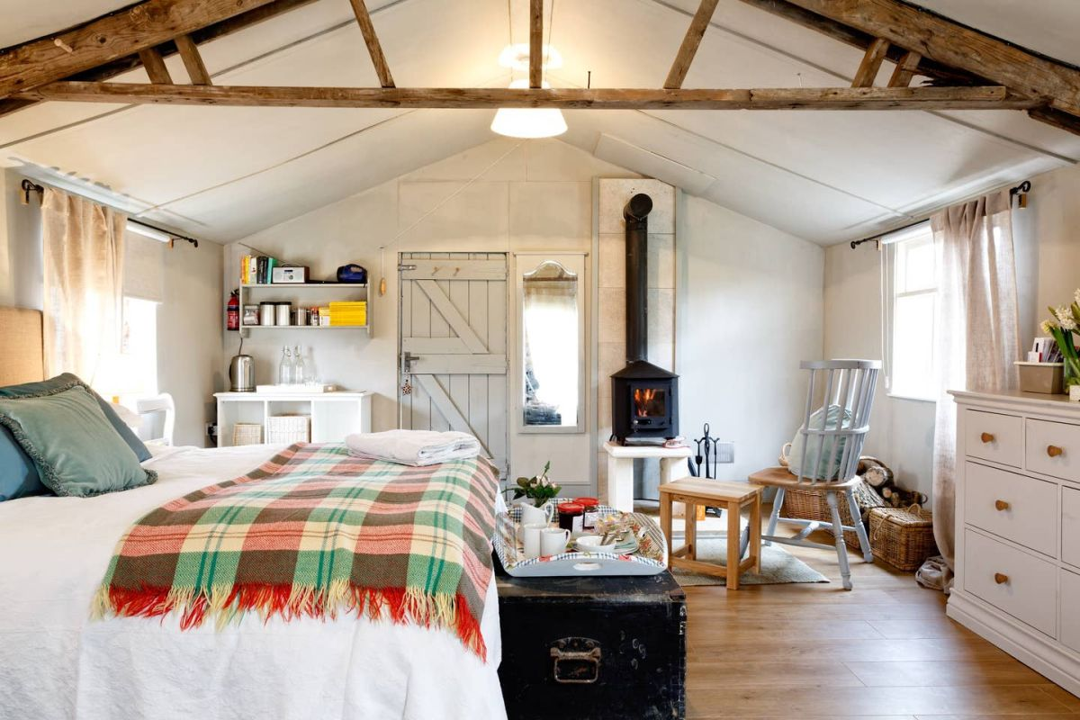 Airbnb Country Cottages: 5 Cosy Weekend Getaways