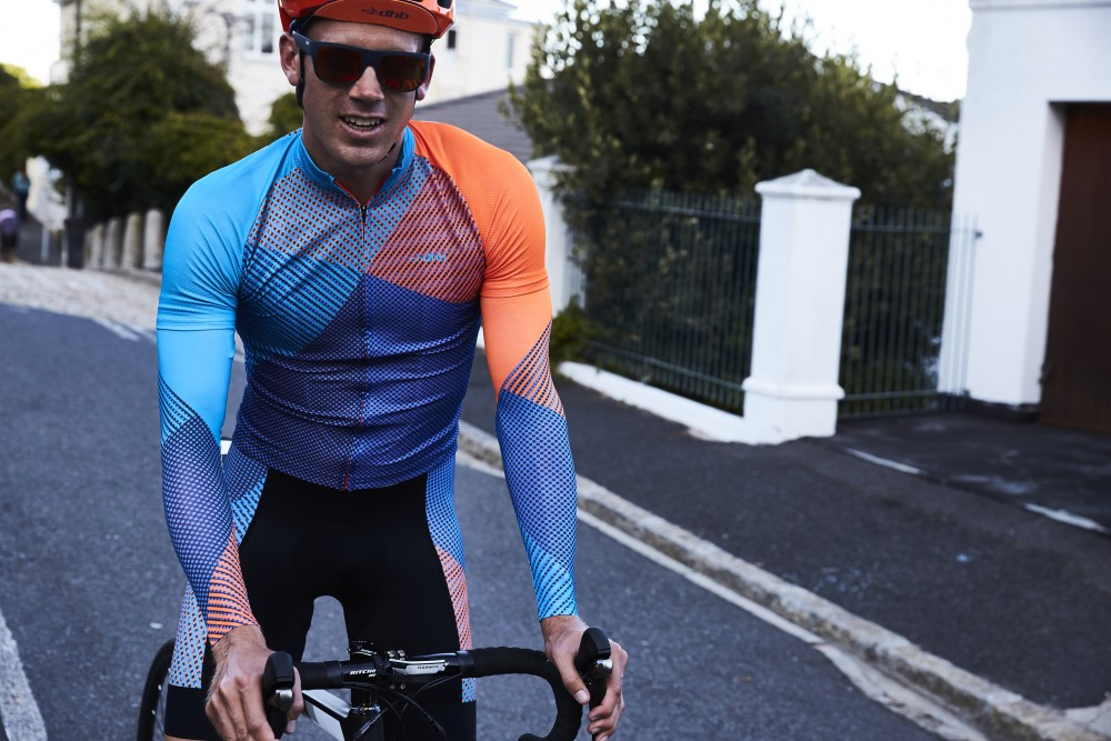 Wiggle S Dhb Blok Clothing Gets Even Brighter For 2016