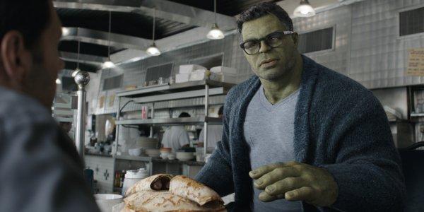 Avengers: Endgame The Hulk talks to Ant-Man over an oversize meal