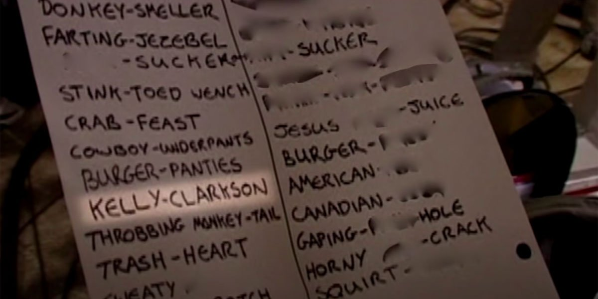 Kelly Clarkson in 40-Year-Old Virgin Set screenshot