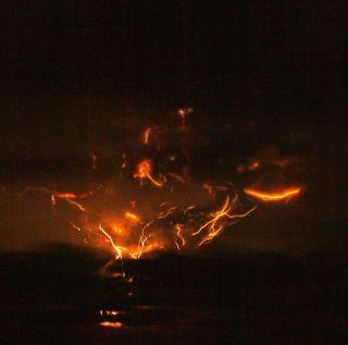 Mount Redoubt lightning