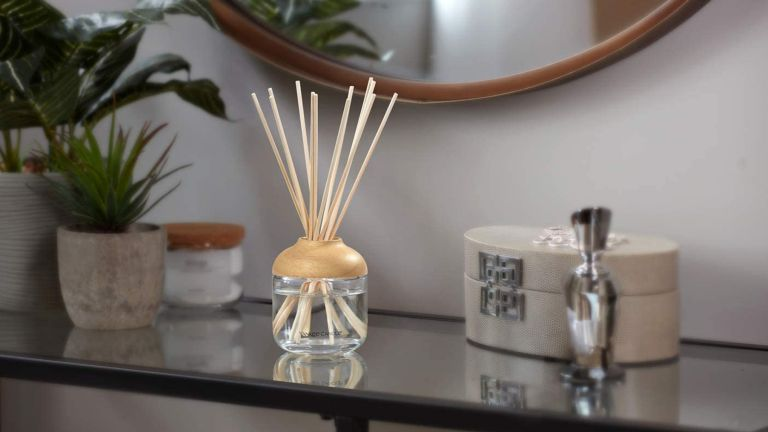 best reed diffuser: Yankee Candle Fluffy Towels
