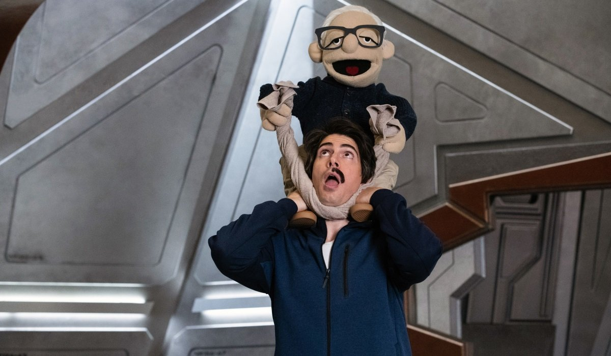 Ray Palmer Puppet Martin Stein Legends Of Tomorrow