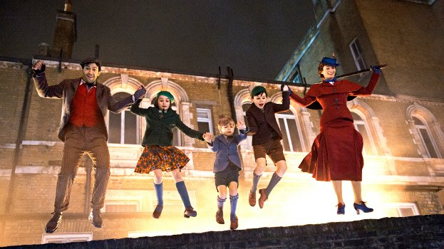 Mary Poppins Returns Lin Manuel-Miranda Emily Blunt jump in the air with the kids