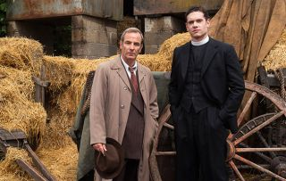 Geordie Keating (Robson Green) and Will Davenport (Tom Brittany) in Grantchester