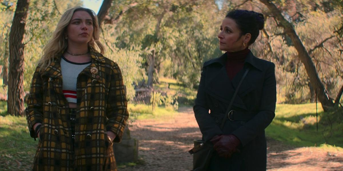 Florence Pugh and Julie Louis Dreyfus in the end credit scene Black Widow