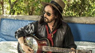 Mike Campbell Discusses His New Gig With Fleetwood Mac And An Epic