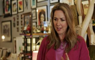 Doctors, Claire Sweeney as Tracey Sanders