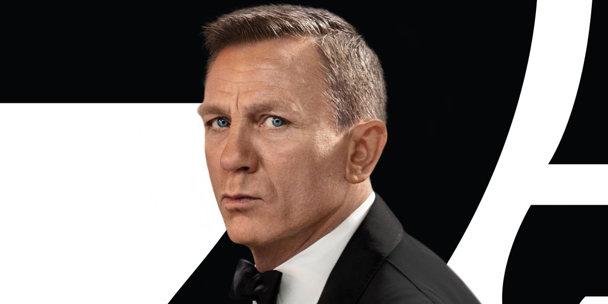 No Time To Die Daniel Craig facing the camera in his tuxedo