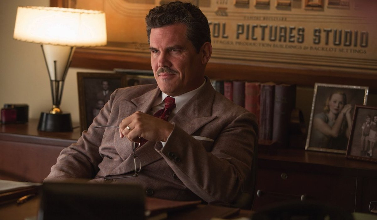 Hail, Caesar! Josh Brolin behind a desk at work