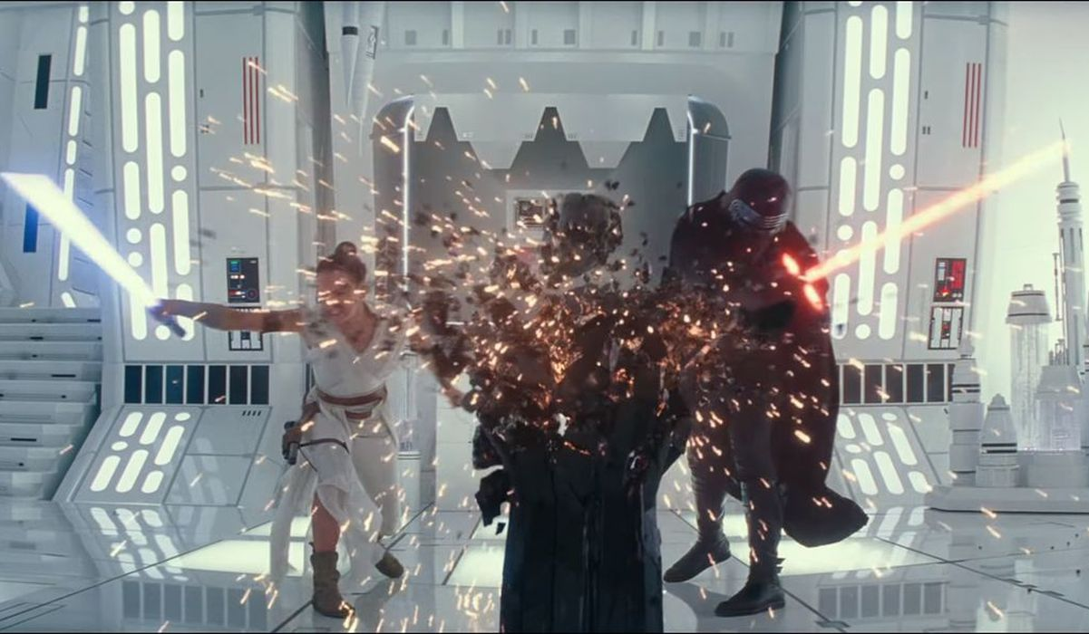 Rey and Kylo ren fighting with lightsaber