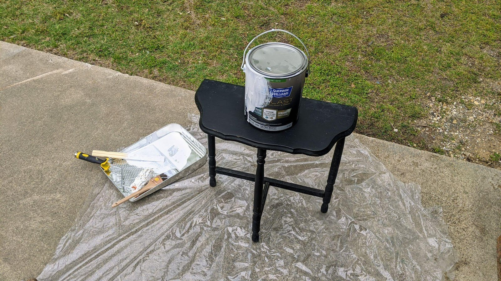 Side table before painting with the Everlast paint and primer