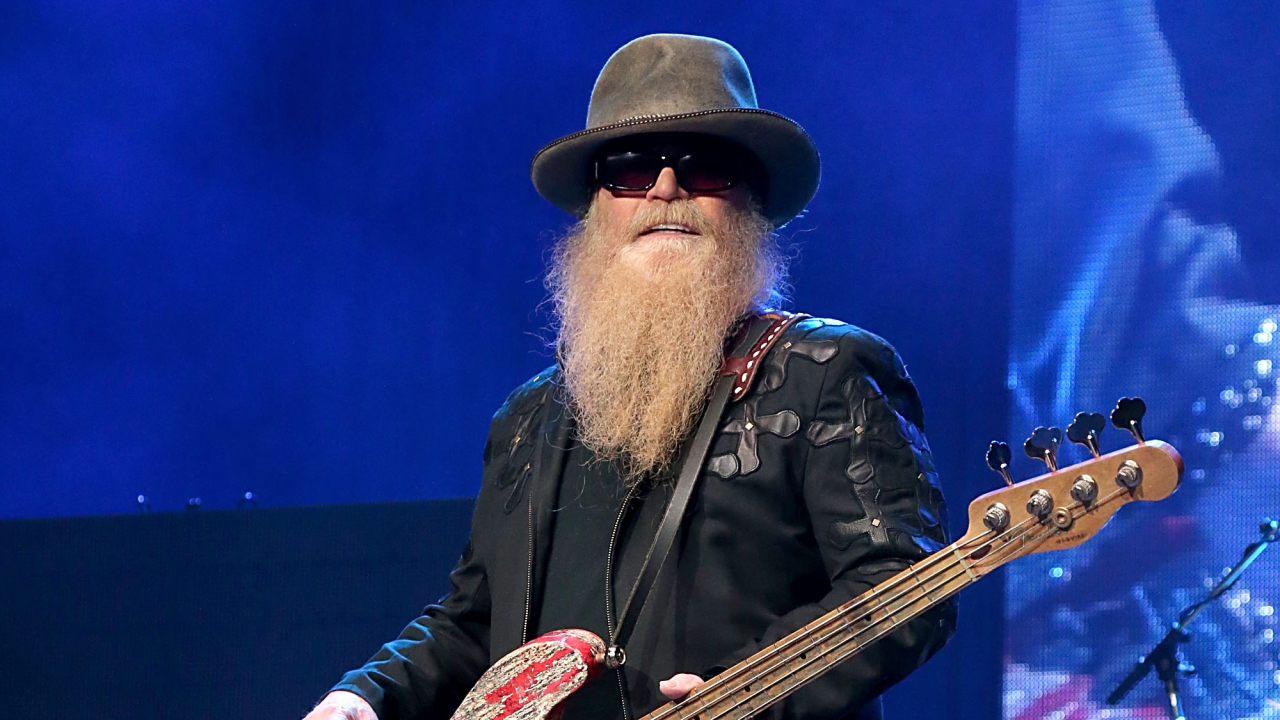 The 71-year old son of father (?) and mother(?) Dusty Hill in 2021 photo. Dusty Hill earned a  million dollar salary - leaving the net worth at  million in 2021