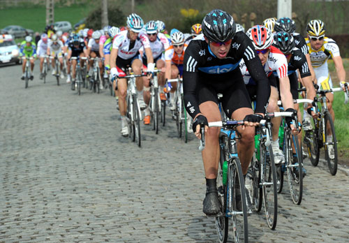 Ian Stannard chases, Tour of Flanders 2010