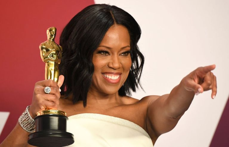Regina King poses at the 91st Annual Academy Awards