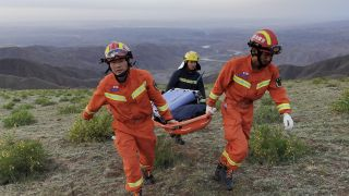 Rescuers search for runners in China's northwestern Gansu province