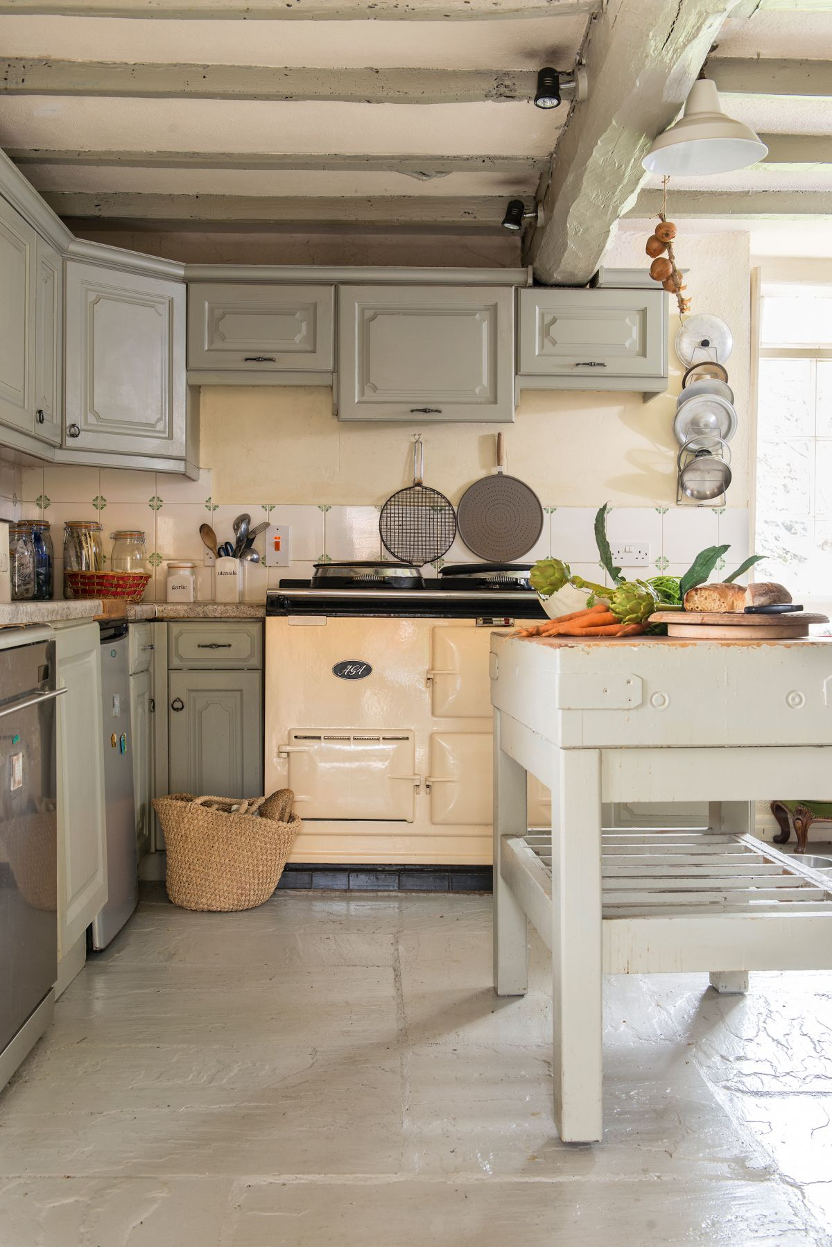 Awe Inspiring Freestanding Kitchens 14 Flexible Ideas Real Homes Download Free Architecture Designs Photstoregrimeyleaguecom