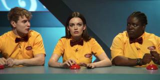 sex education maeve viv quiz bowl netflix season 2