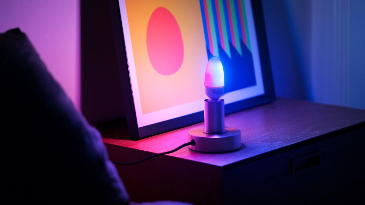 LIFX Candle Color Review: An Awesomely Colorful Smart Bulb