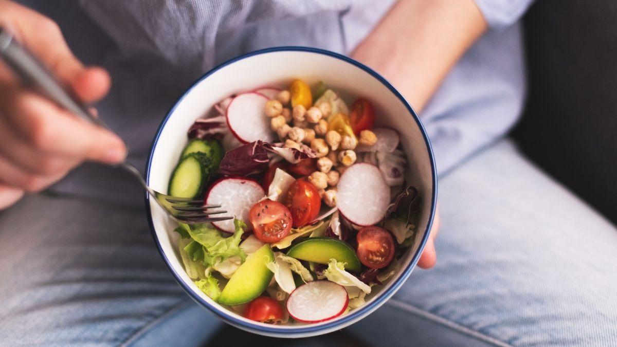 Plant-based diets cut menopause hot flashes by 84%, study finds