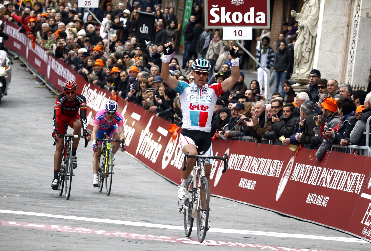 Philippe Gilbert wins, Strade Bianche 2011