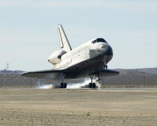 Contractors working on NASA's Artemis program are drawing on lessons from the agency's space shuttle.