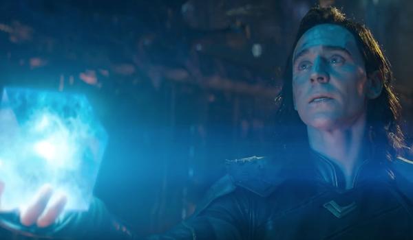 Loki turns over the Tesseract