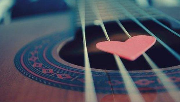 Ten More Easy Acoustic Guitar Love Songs | Guitarworld