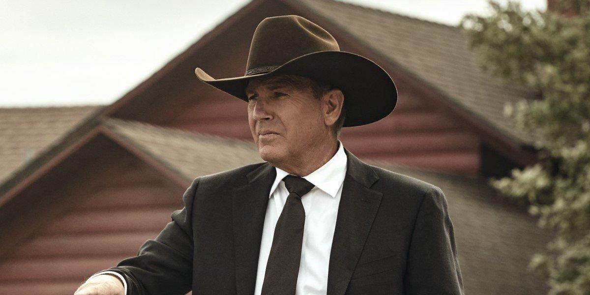 john dutton in a hat on the ranch in yellowstone season 3