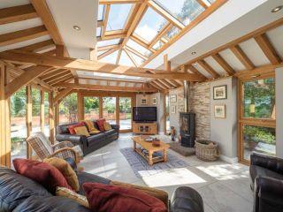 Prime Oak sunroom