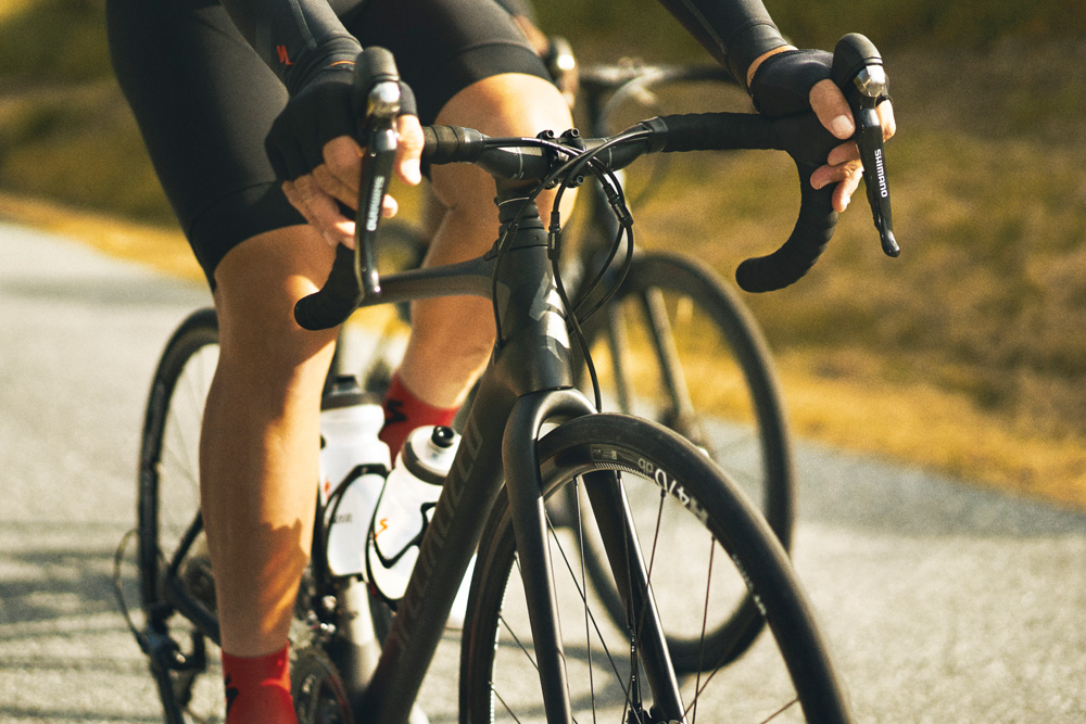 New Specialized Roubaix: front suspension makes a comeback on road bikes