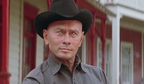 Westworld (1973) Yul Brenner as The Gunslinger, with weird robot eyes