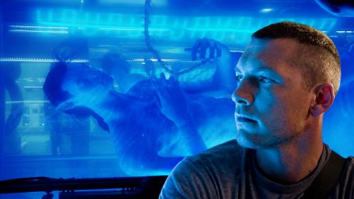 Avatar - Jake Sully (Sam Worthington) encounters his avatar in James Cameron's sci-fi adventure