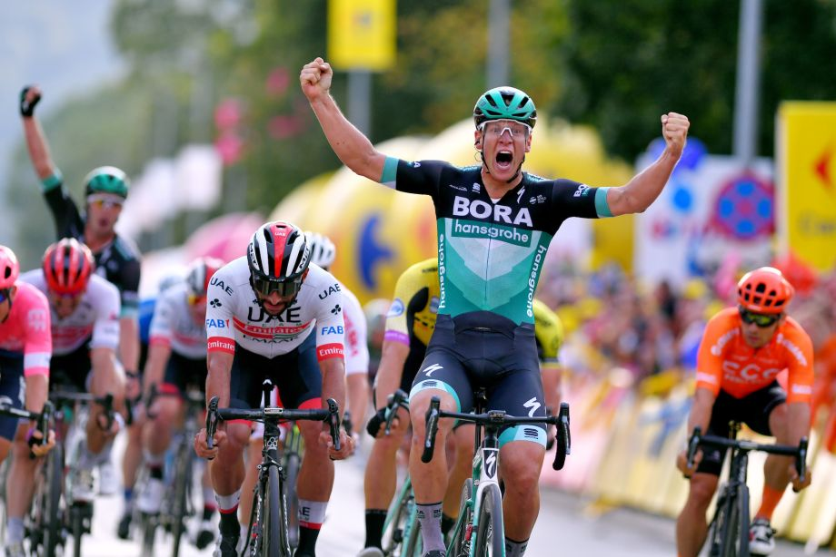 Pascal Ackermann wins stage one of the Tour of Poland as Mark Cavendish crashes in final kilometres