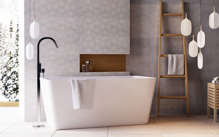 Freestanding bath with floorstanding tap