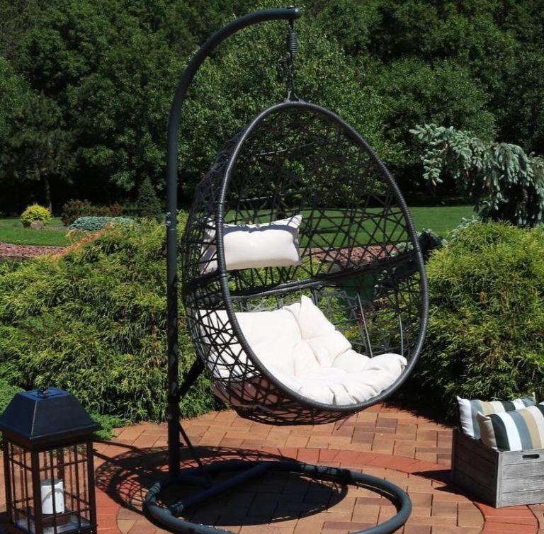BRIQ egg chair