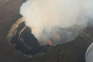 Nyamuragira lava lake