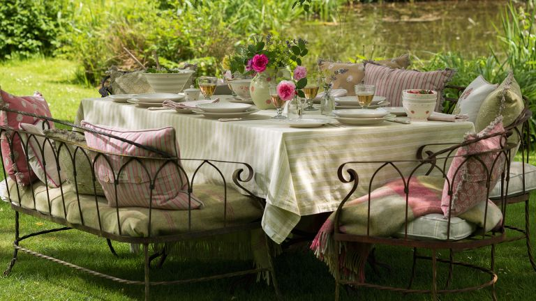 How to clean cast iron - Susie Watson garden furniture