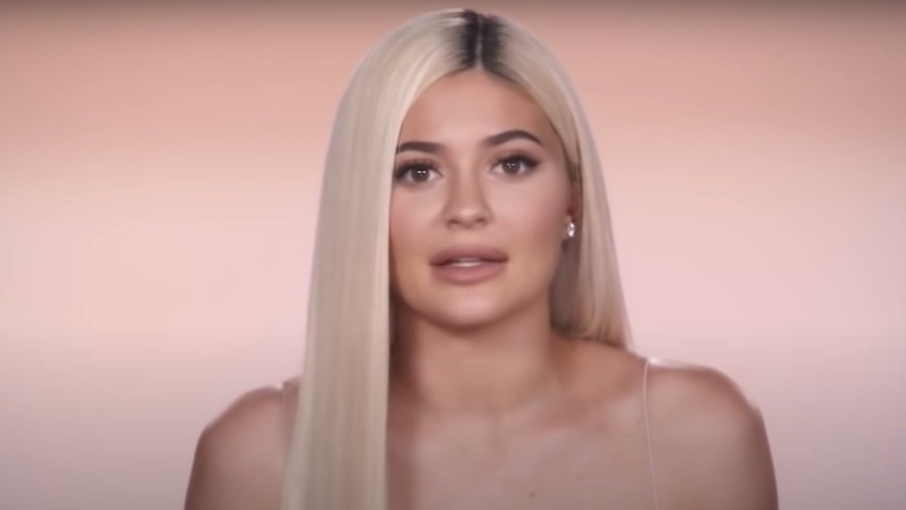 Fans Think Kylie Jenner's Latest Post Was A Secret Gender Reveal For Her Baby