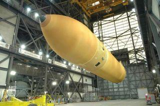 NASA Mulls Fuel Tank Test for Next Shuttle Flight