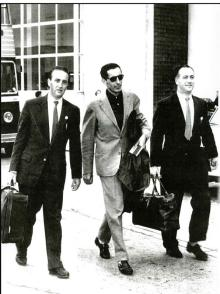 Fausto Coppi with Jim and Paddy McQuaid ahead of the track events in Dublin in 1959.
