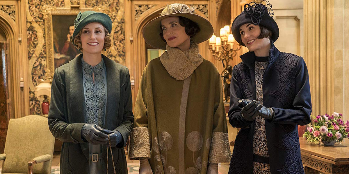 Elizabeth McGovern, Michelle Dockery and Laura Carmichael in Downton Abbey