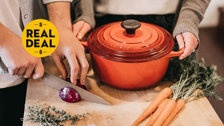 Le Creuset sales: Le Creuset Dutch oven on sale at Amazon
