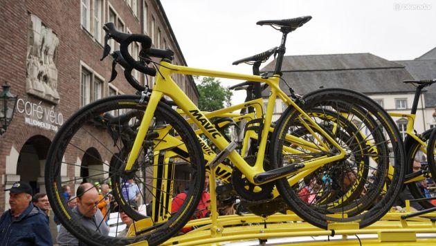 Cycling Brand Mavic Logo