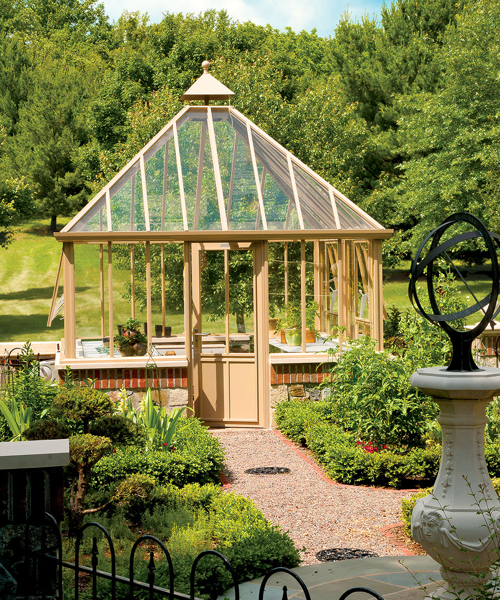 Planning a greenhouse – Greenhouse ideas to consider before investing