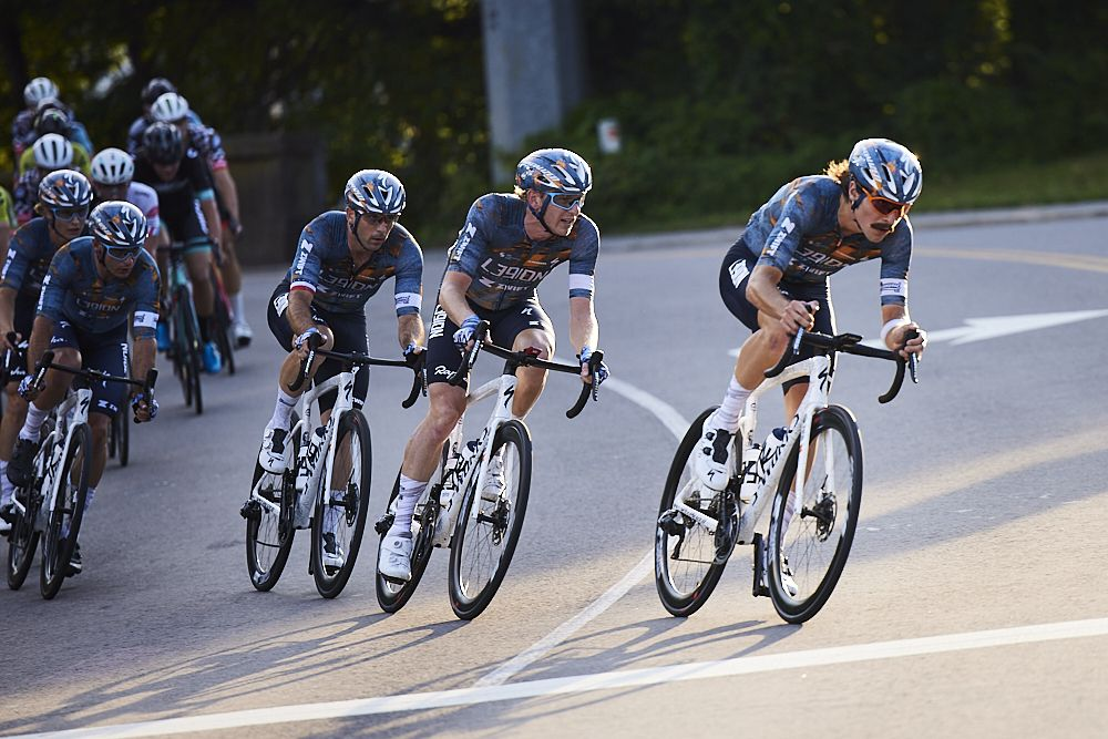 L39ION of Los Angeles' dominance ends in crash at US Pro Championships men's criterium