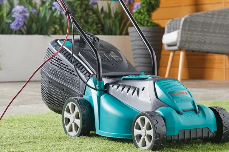 Aldi bargain teal lawnmower