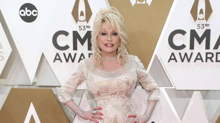 Dolly Parton comic book, Dolly Parton attends the 53nd annual CMA Awards at Bridgestone Arena on November 13, 2019 in Nashville, Tennessee.